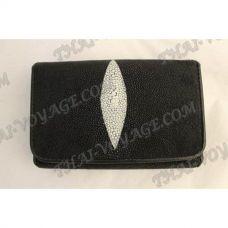 TV000642 - 財布の女性は革をアカエイ