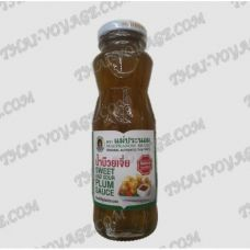 Thai sweet and sour plum sauce Maepranom - TV001858